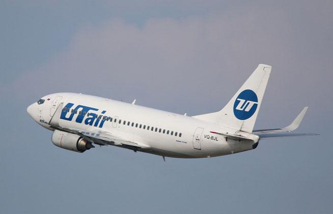 "B 737-524/W "" VQ-BJL "" UTair -1"