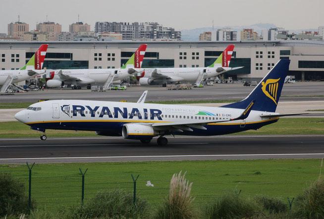 """B 737-8AS (W)  """" EI-EMO """"  Ryanair -1"""