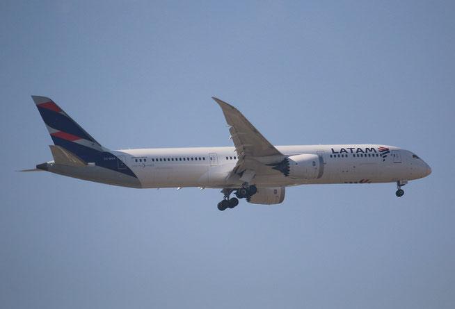 """B 787-9  """" CC-BGA """"  LATAM Chile -1"""