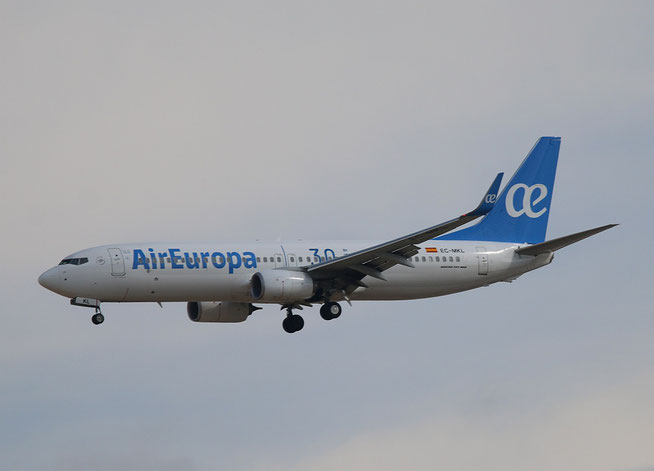 "B 737-85P  "" EC-MKL ""  Air Europa -1"