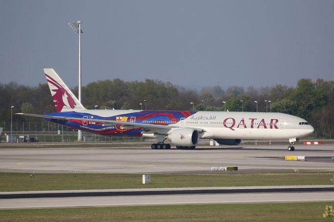 "B 777-3DZER "" A7-BAE "" Qatar Airways -2"