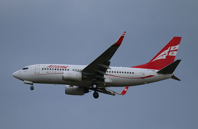"B 737-76N/W "" 4L-TGM "" Georgian Airways -1"