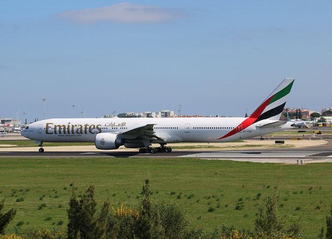 "B 777-36N/ER "" A6-EBN "" Emirates -2"