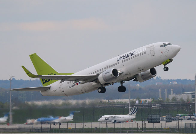 """B 737-36Q """" YL-BBY """" Air Baltic -1"""