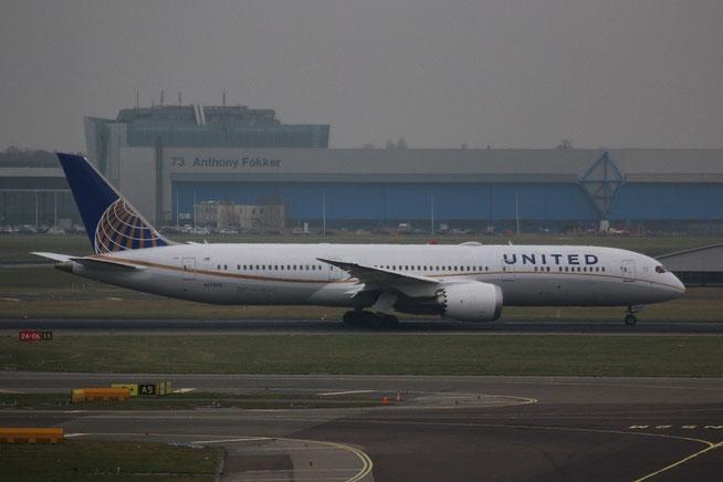"B 787-9 "" N27958 ""  United Airlines -1"