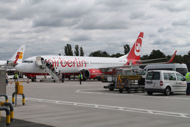 """B 737-86J/W """" D-ABKD """" Air Berlin -2"""