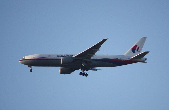 B777 9M-MRJ-1