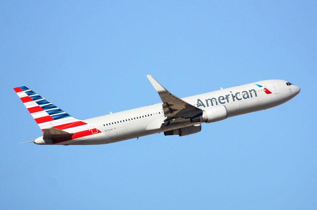"B 767-323ER "" N345AN ""  American Airlines -1"