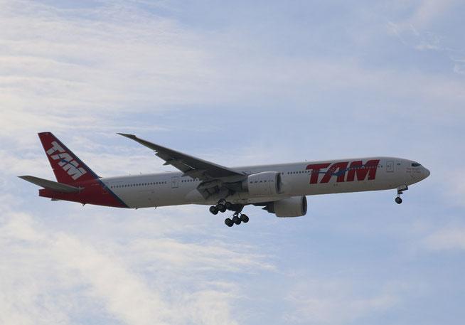 """B 777-32WER """" PT-MUD """"   TAM Linhas Aereas -1"""