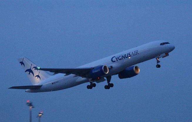 """B 757-236  """" EC-KLD """" Cygnus Air -2"""