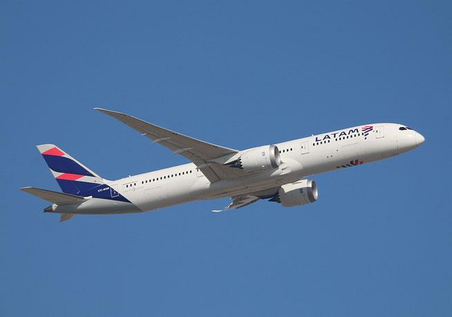 """B 787-9  """" CC-BGK """"  LATAM Chile -1"""
