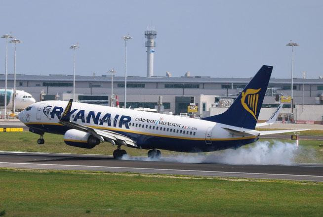 "B 737-8AS (W)  "" EI-EKN ""  Ryanair -1"