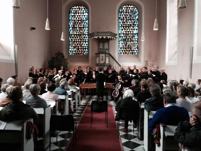 Konzert des Bonner Vokalensembles in der Evangelischen Kirche Oberwinter, Juni 2015. Foto: Bonner Vokalensemble