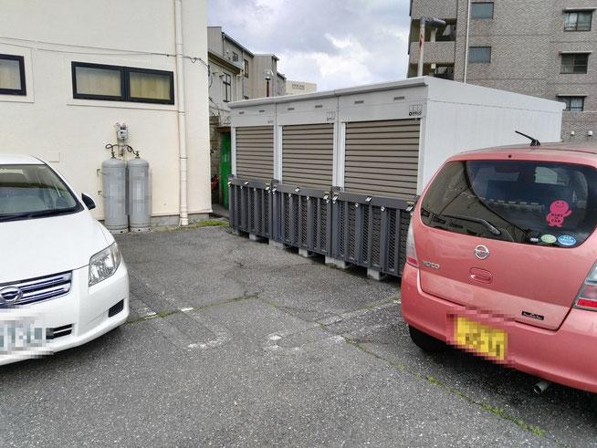 自動車駐車場のデッドスペースを活用した実例