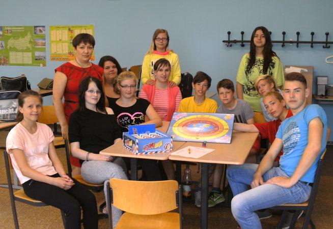 Spielend Russisch lernen 2014 - die Teilnehmer der Vincent-van-Gogh-Schule