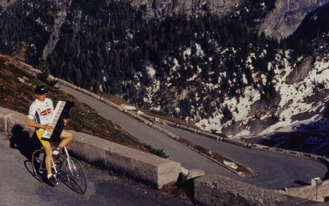 Radkünstler Calore hat auch ein Faible für Musik ©Stuffilm