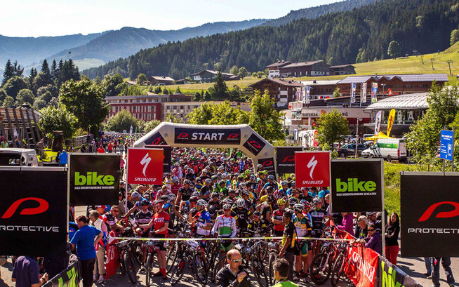 Start in Leogang 2014 © Henning Angerer