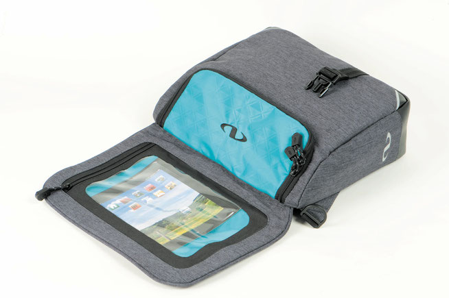 Die Norwich-Lenkertasche rlaubt bequeme Navigation per Tablet-Rechner.