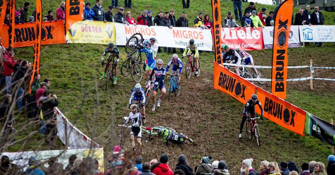 Heikle Abfahrt ©radsportphoto.net/Steffen Müssiggang