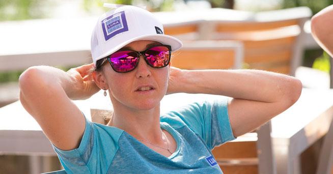 Blick nach vorne: Eva Lechner beim Weltcupauftakt in Australien ©LUNA-Team