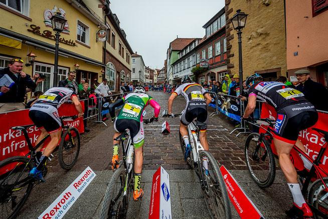 Sprint beim KMC Bundesliga-Rennen in Wombach ©Armin M. Küstenbrück/EGO-Promotion