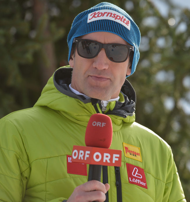 Christoph Sumann, einst Weltklasse-Biathlet, kommentiert heute Weltcups beim ORF.