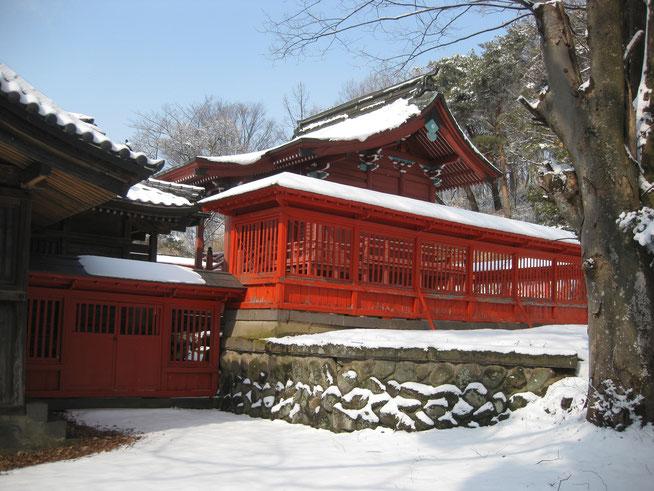 滋野神社(新張)の本殿