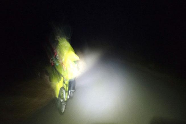 真夜中の自転車走行