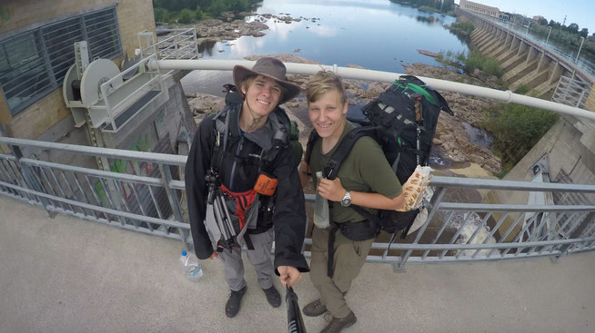 Jannis Riebschläger (links) und Joel Galla (rechts) in Oulu, Finnland
