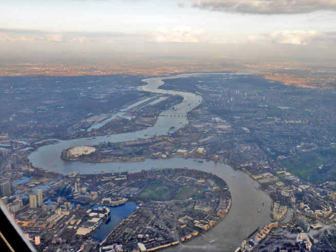 In a holding pattern over the Thames River, London