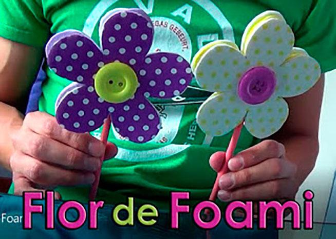 flor de foami para decoracion de fiesta
