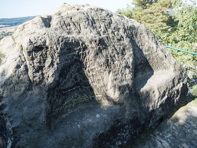 Bild: Teufelssessel bei der Wanderung Teufelsmauer im Harz