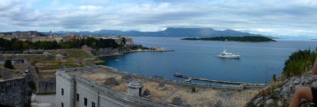 Bild: Panorama von der Festung in Korfu Stadt