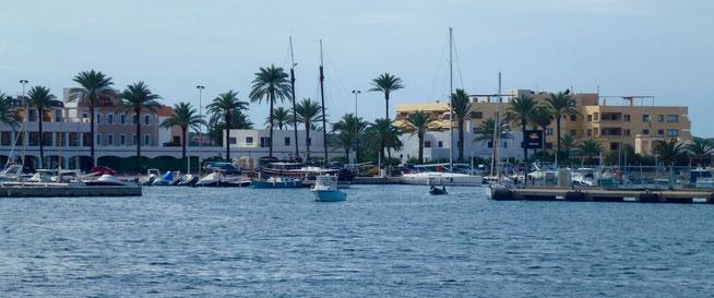 Bild: Der Hafen von Formentera