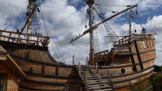 Bild: Schiff aus Magellans Flotte, die Nao Victoria