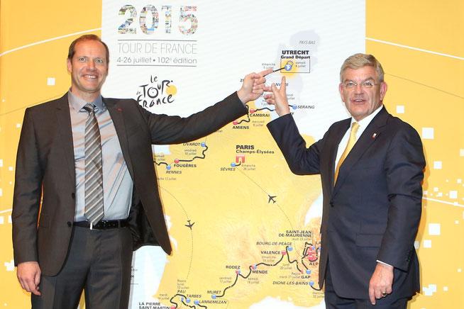 De directeur van de Tour de France en de burgemeester van Utrecht bij de route presentatie.