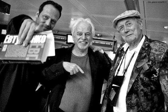 Claudio Pozzani  con Jodorowsky e Evtushenko.