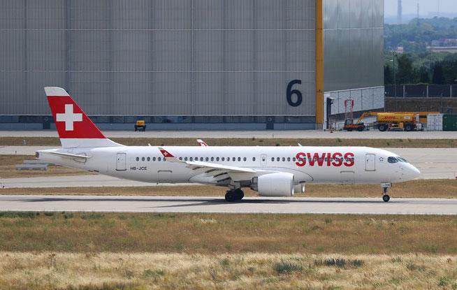 """A 220-300  """" HB-JCE """"  Swiss -1"""