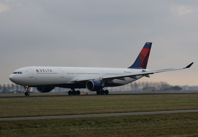 A330 N809NW-1