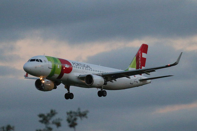 "A 320-214 /WL "" CS-TNQ "" TAP-Air Portugal -2"