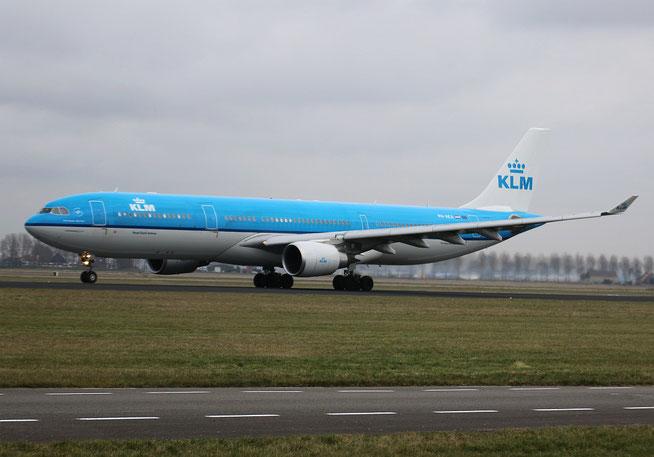 "A 330-303  "" PH-AKA "" KLM Royal Dutch Airlines -1"