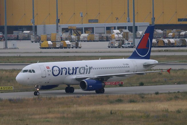 "A 320-233  "" TC-ODA ""  Onur Air -1"