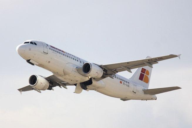 A320 EC-LUC-4