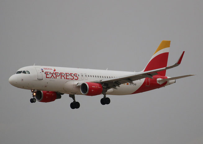 """A 320-216  """" EC-LVQ """"  Iberia Express -4"""