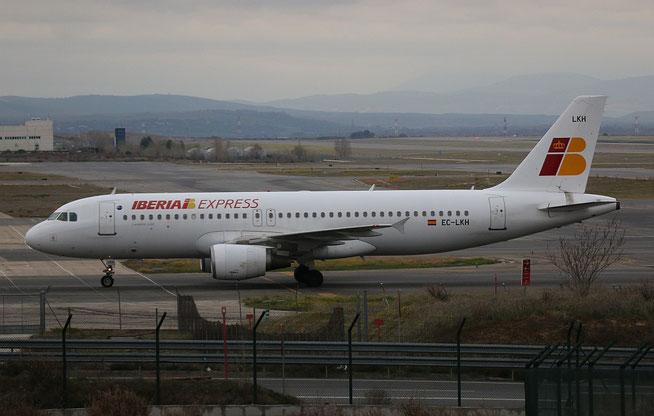 """A 320-214  """" EC-LKH """"  Iberia Express -1"""