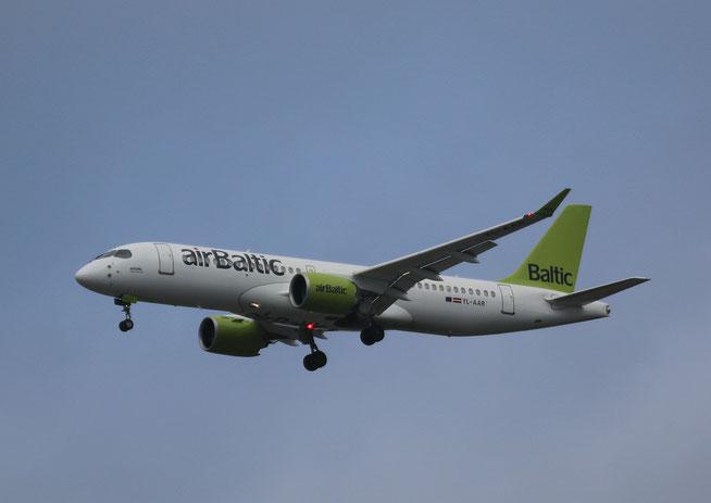 """A 220-300  """" YL-AAR """"  Air Baltic -1"""