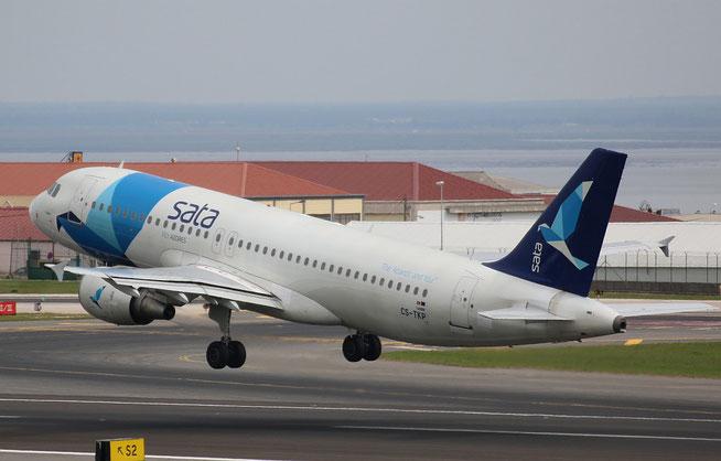 "A 320-214 "" CS-TKP "" SATA International -4"