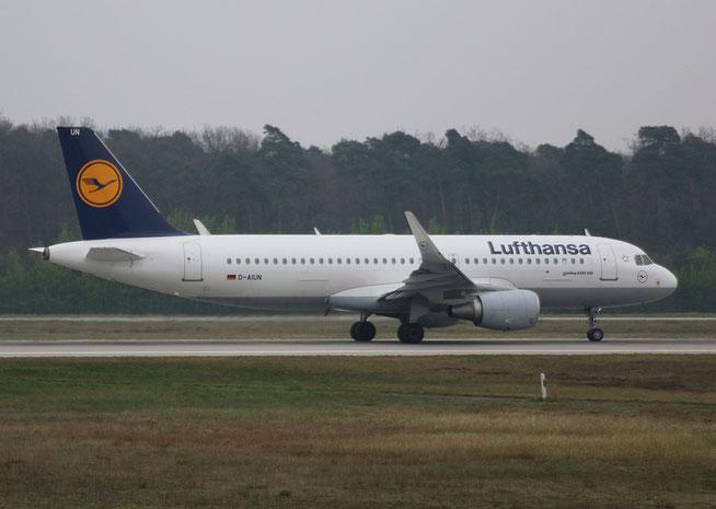 "A 320-214/W  "" D-AIUN ""  Lufthansa -1"
