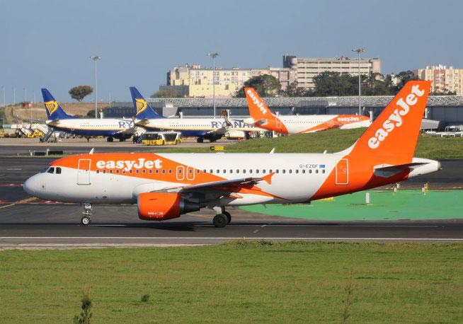 """A 319-111 """" G-EZGF """" easy Jet -2"""