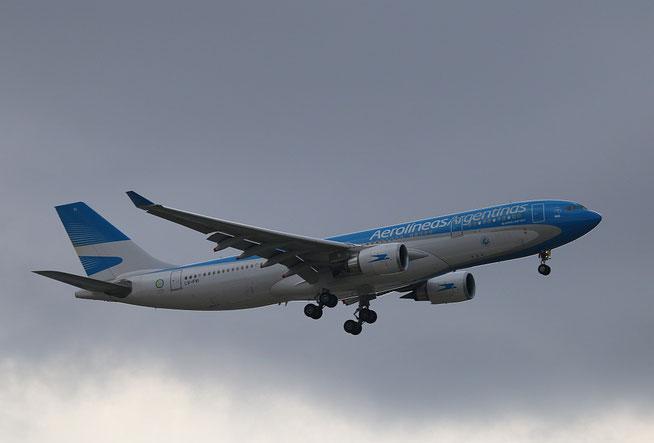 """A 330-202 """" LV-FVI """" Aerolineas Argentinas -1"""